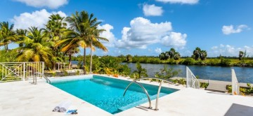 Wight Away | 4-Bedroom Villa | Grand Cayman Villa