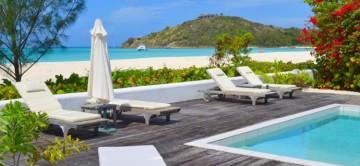 Antigua White House - View of South Beach