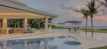 Corales 123 villa & beautiful oceanfront outdoor space