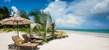Hacienda Palancar has access to the white sandy beach, seen