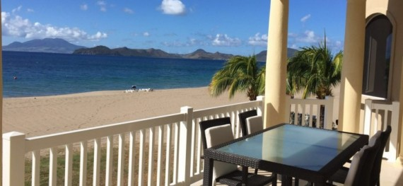 Hamilton Resort - Beachfront - 2 Bedroom