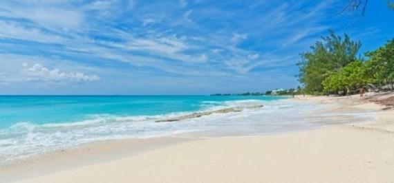 Sea Breeze 8 - 4 bedrooms - Beachfront